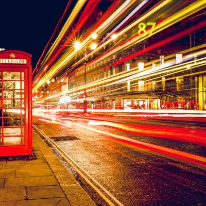 streets-of-london-at-night_800